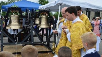 Fr Wegner Incensing Bells Walton